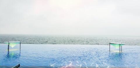 別府湾 プール
