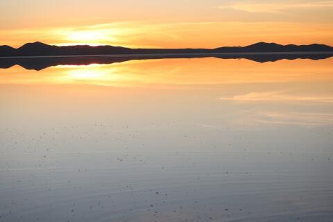 ウユニ塩湖ベストシーズン