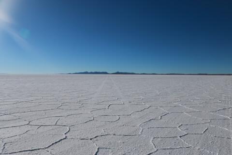 ウユニ塩湖 白い大地
