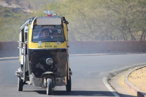 オートリクシャー インド