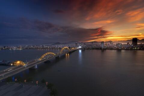 ドラゴン橋 ダナン