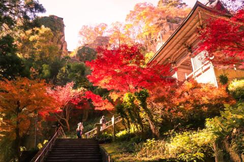 日本 絶景 山形 山寺 紅葉
