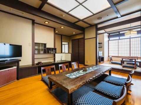 雄山荘客室2