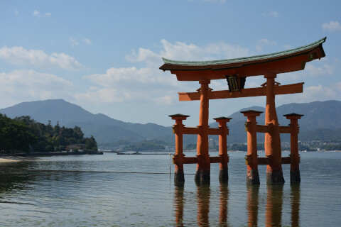 日本 絶景 広島 宮島 厳島神社 鳥居