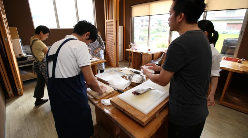 【奈良県】自宅でも魚を美味しく食べるコツ教えます!プロの料理人が教える魚の調理法