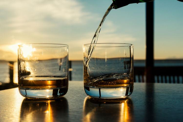 アルコール度数45度のウイスキー、たのしみ方を考えてみた!