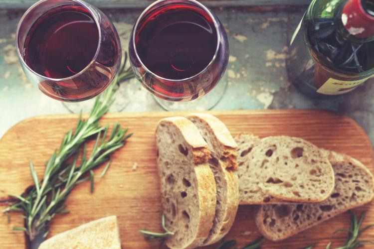 ワインとパンのマリアージュを心ゆくまでたのしもう