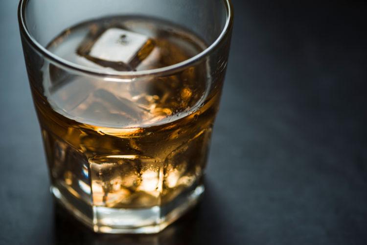 ウイスキーの香りを語るときに外せないフレーズ「ピーティー」!その魅力とは。