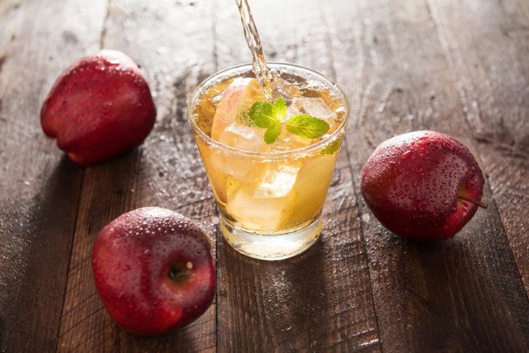 ウイスキーとりんごジュースの甘い関係