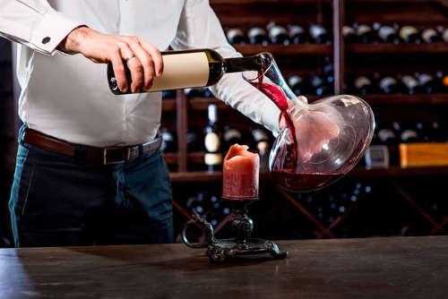 取り付けるだけでワインがおいしくなる?! ポアラーとはどんなもの?