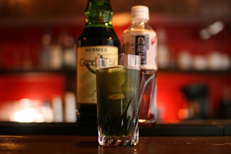 日本生まれのカクテル「照葉樹林」ってどんなお酒?