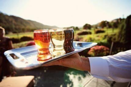 ワンカップのワインはひとり飲みやレジャーに大活躍!