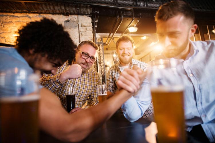 「ストロングビール」が若者を中心に人気!