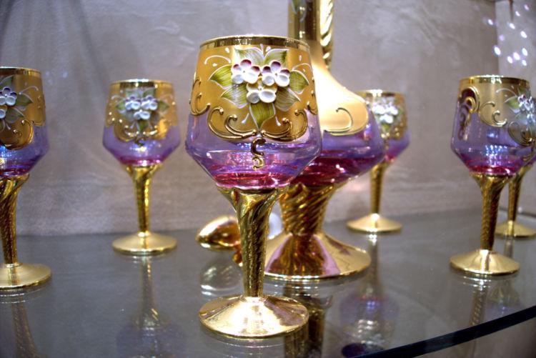 グラスによって驚くほど美味しくなる! ワインに合わせてグラスを選 ...