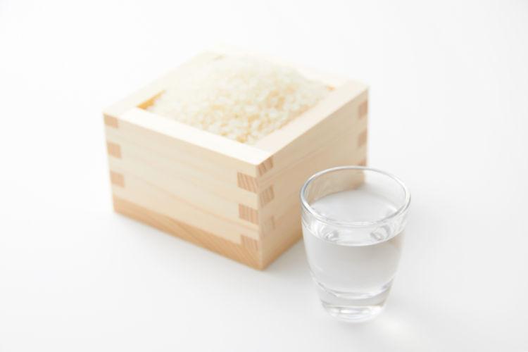 「純米酒」が人気のわけは? 定義から見分けかたまで【日本酒用語集】