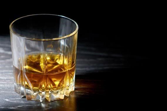 方 ウィスキー 飲み
