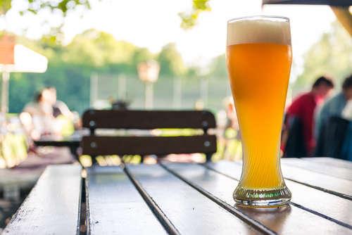 ドイツビールの定番のひとつ、 苦くなくて飲みやすいヴァイツェンを試そう!