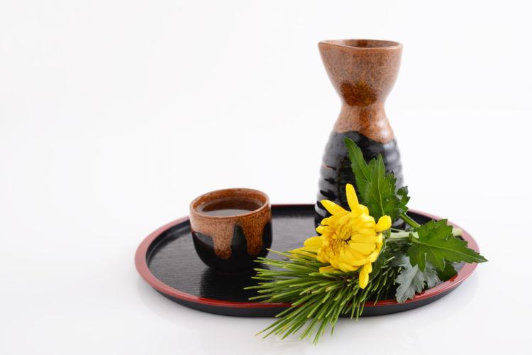 「菊酒」って知ってる? 古くから伝わる風情を知ろう【日本酒用語集】