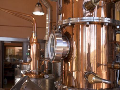 アルコール度数35度の焼酎の魅力を「製法」から考える
