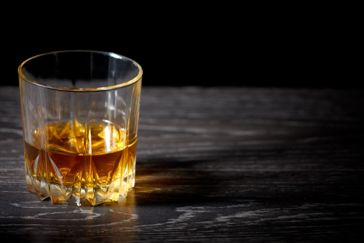 ストレートウイスキーを徹底解説! 飲み方やたのしみ方を知ろう