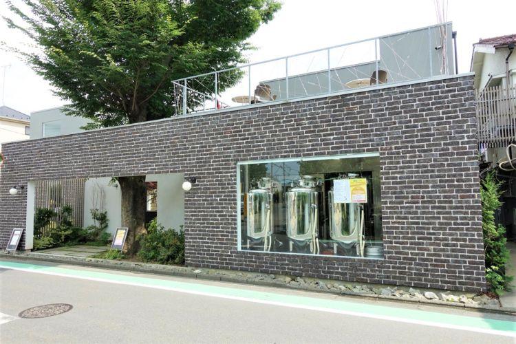 老舗酒屋が営むレストランを併設したブルワリー@東京・狛江『籠屋ブルワリー/たすく』