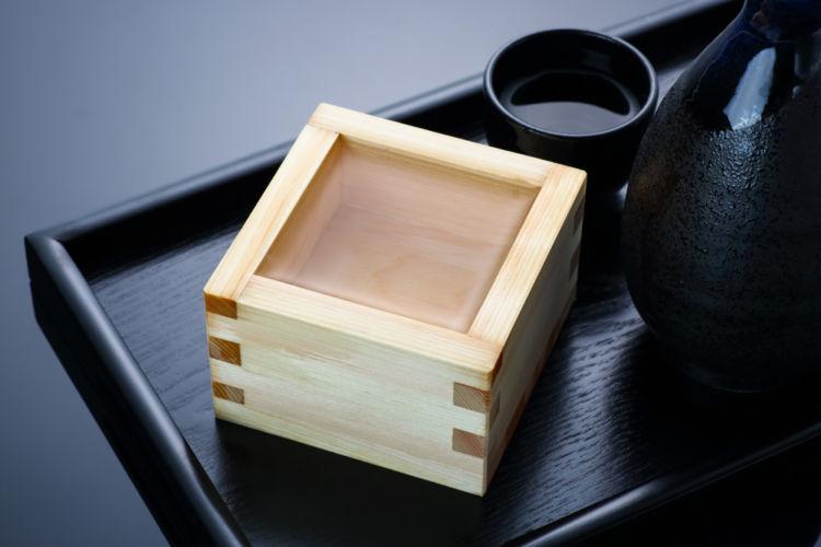 「黒麹」とは? 日本酒と麹の関係に迫る!【日本酒用語集】