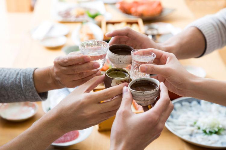 「日本酒の日」には日本酒で乾杯を!【日本酒用語集】