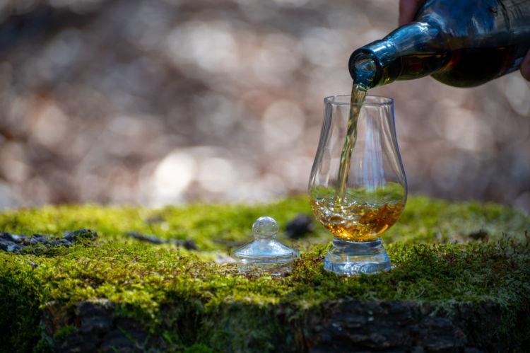 スコッチウイスキーをとことんたのしむ! オススメの飲み方を紹介