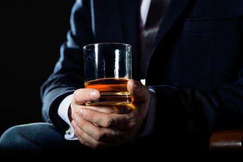 ウイスキーの名脇役であるグラス。グラスを変えるとたのしみがひろがります