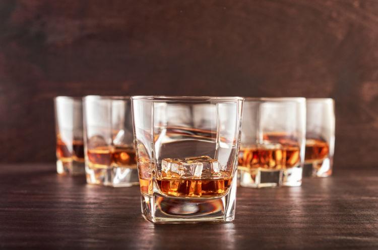 ウイスキー好きなら知っておきたい! スコッチとバーボンの違い