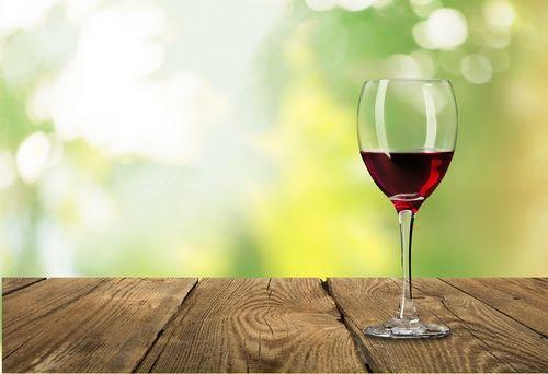 ワイングラスの部位の名称と種類を知ろう