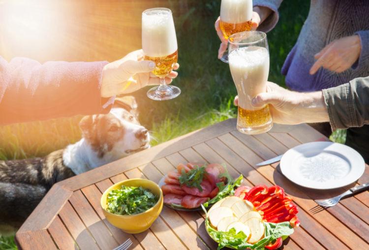 今度の週末はビールでパーティー! アウトドアでビールをたのしむコツを紹介