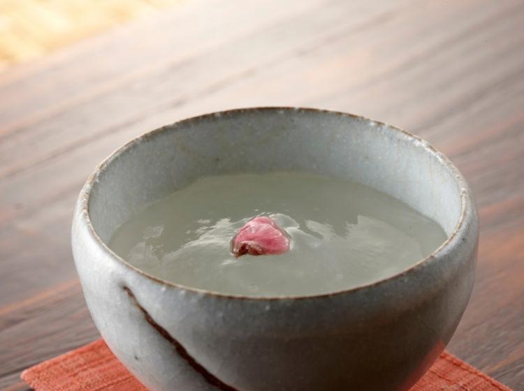 日本酒の人気銘柄で大人のデザートを作ろう!簡単に作れる日本酒ゼリーのレシピをご紹介