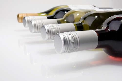 ワイン栓は、コルクからスクリューキャップの時代へ