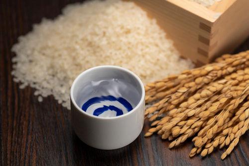 料理におすすめの日本酒とは
