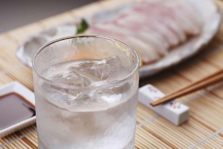 焼酎好きを虜にする宮崎の代表的な芋焼酎を飲む