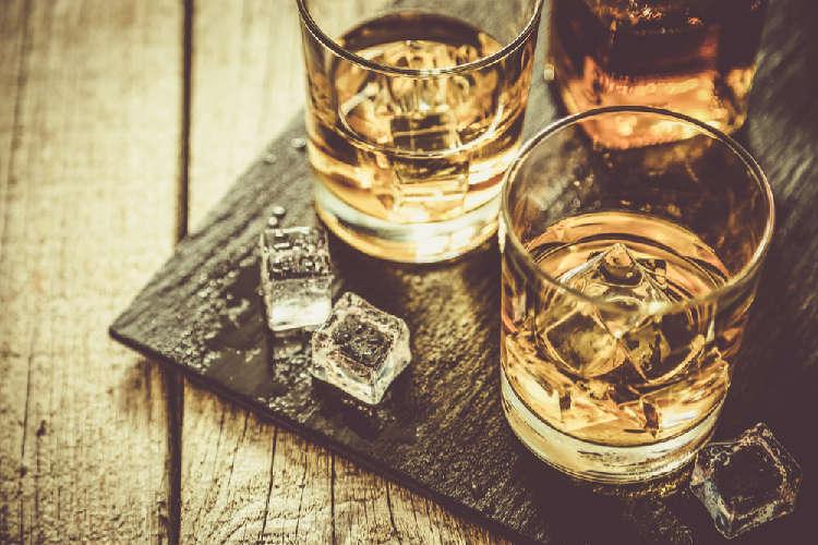 初心者限定! ウイスキーとブランデーどこが違うの?