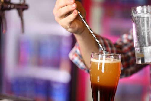 ビールで作るカクテル、苦みを抑え甘くたのしむ!