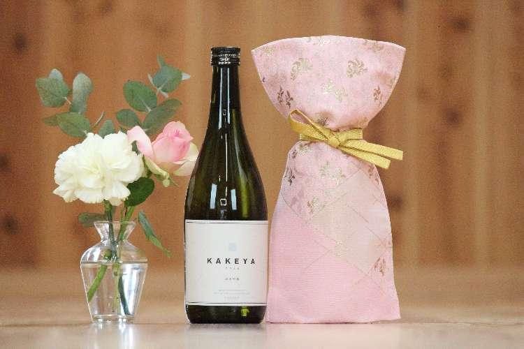京都「西陣織」生誕550周年!日本酒用ボトルカバーを発売