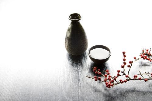日本酒を素敵な徳利(とっくり)で飲もう!冷酒も熱燗も