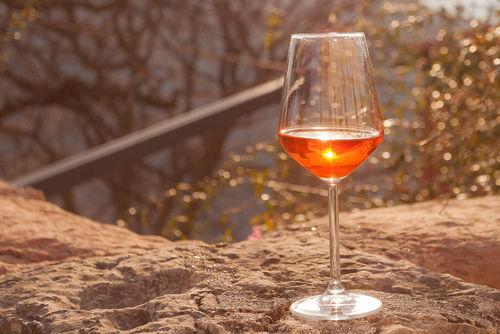 最近注目のオレンジワインを知っていますか?