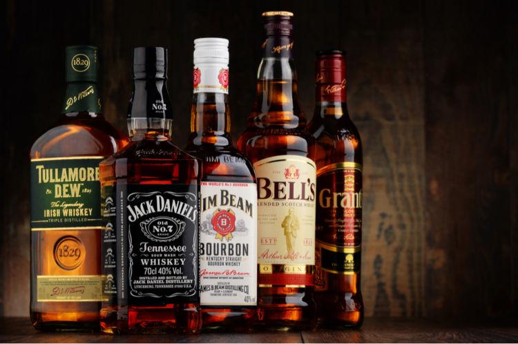 ウイスキーの魅力を左右する「ボトル」のデザインとは?