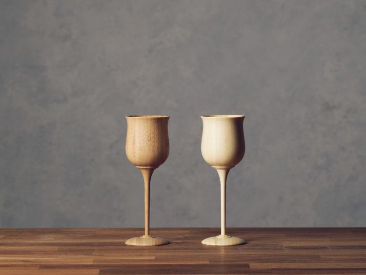 温もりに癒やされる、天然素材の珍しい手作りグラス 「wine vessel」