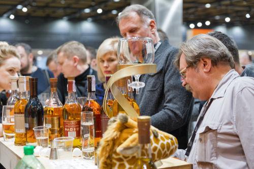 世界に広がるウイスキーの愛好家とその消費量