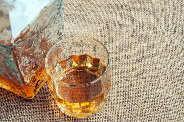 ウィスキーやスピリッツが1,000種類以上試飲できる酒専門店