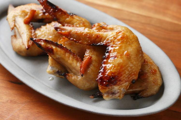 おつまみにも、バーベキューにも喜ばれる 「鶏手羽スペアリブ」