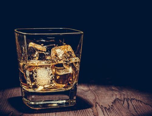 アルコール度数40度前後! ウイスキーのアルコール度数はなぜ高い?