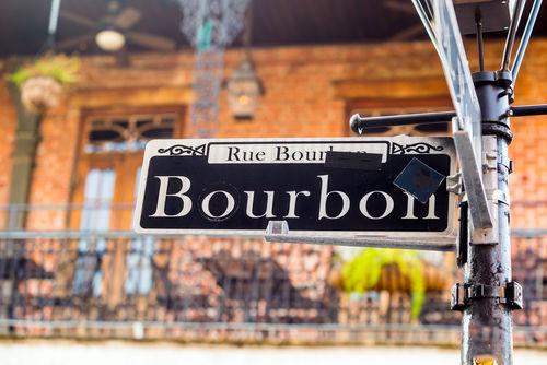 ウイスキーの「バーボン」の魅力。他のお酒との違いとは?