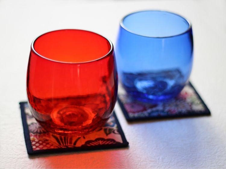 泡盛はやっぱり琉球ガラスで… 「グラスと紅型柄コースターのペアセット」
