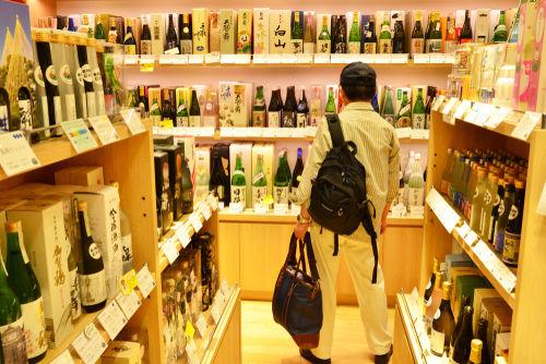 鹿児島芋焼酎の定番「佐藤 黒」はどうやって飲む?